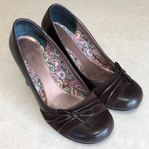 5d90ab9ffa4b Mudd Women s Brown Heels Size 7.5 M. M 5a6a1fb5caab4410c76a4f27